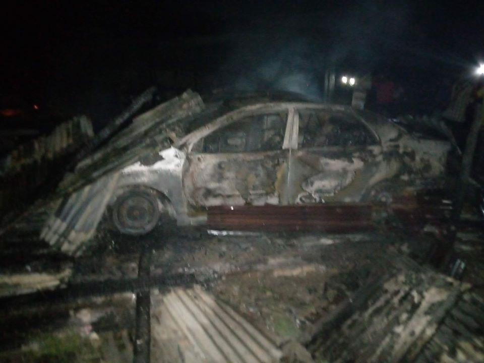 Car Owners Groans As Mechanic Shop Guts Fire In Delta (Photos)