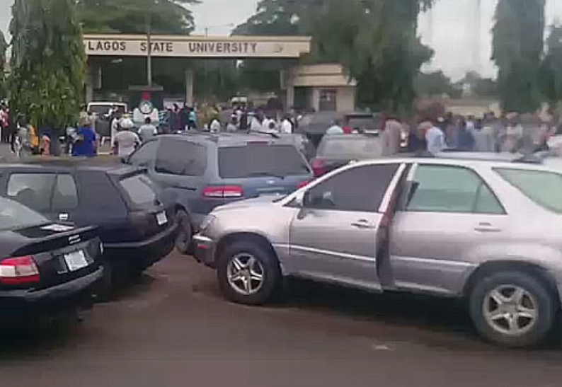 Vice Chancellor, Students Locked Out As ASUU and NASU Members Protest In Lagos State University (Photos), Conquest Online Magazine