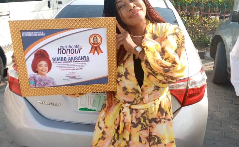 Talented 'moviepreneur', Bimbo Akisanya on Tuesday picked Metropolix Certificate of Honour, Conquest Online Magazine