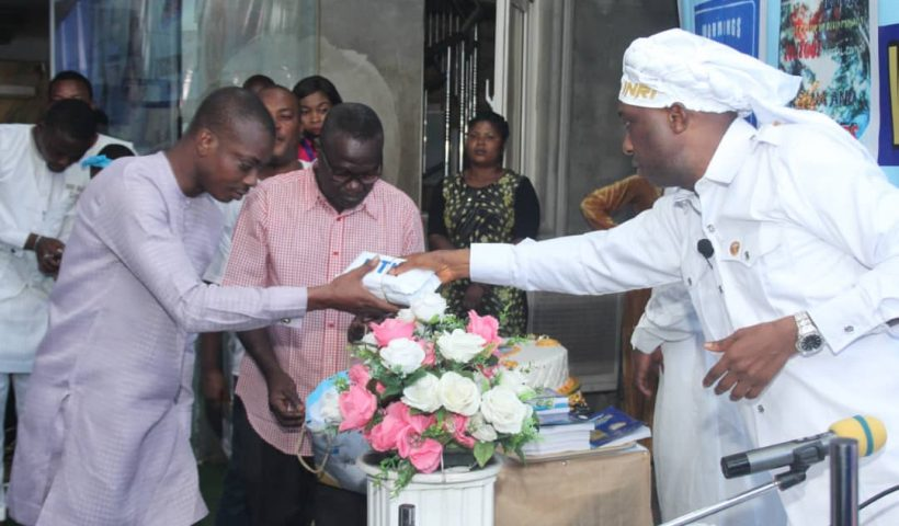 The Leader Of INRI Evangelical Spiritual Church, Primate Elijah Ayodele has empowered journalists, Conquest Online Magazine